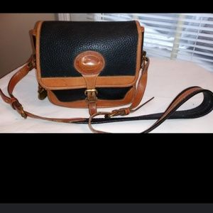 Vtg Dooney & Bourke Small AWL Carrier Crossbody